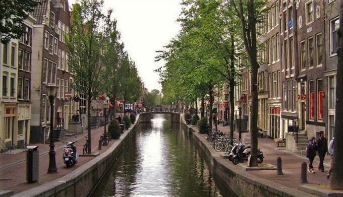 Onde se hospedar em Amsterdã: Hotel, Hostel ou Airbnb