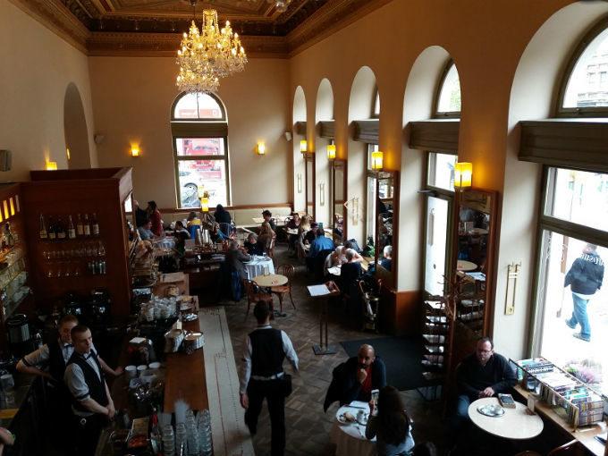 Cafés e restaurantes onde comer em Praga