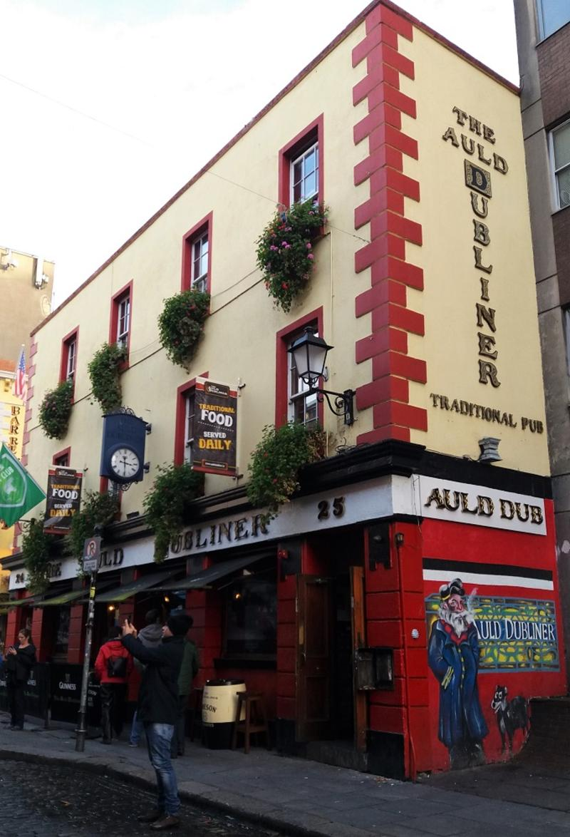 Fachada do Auld Dubliner, um dos melhores pubs em Dublin