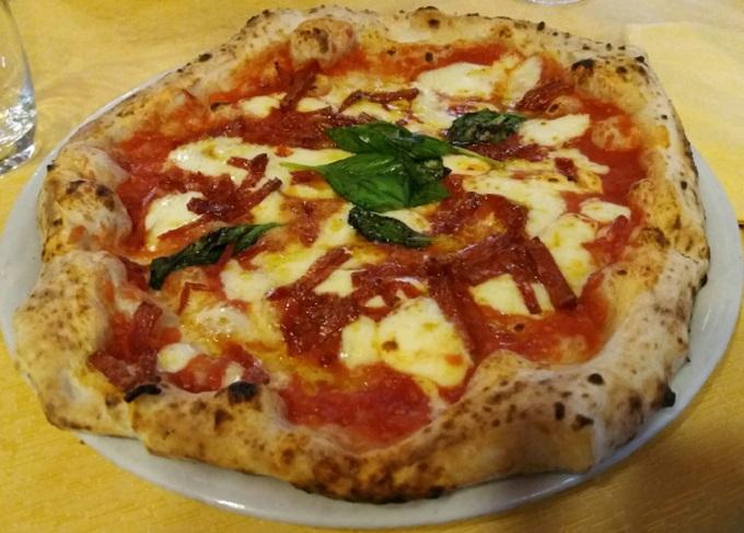 Qual a melhor pizza de Nápoles