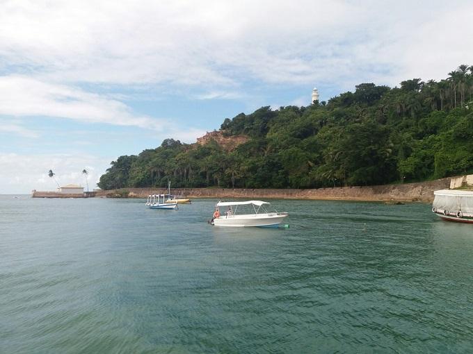 Chegando a Morro de SP de catamarã