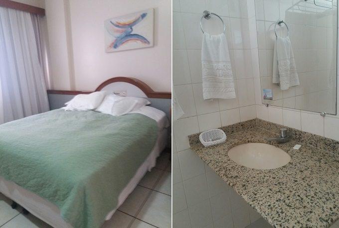 Quarto e banheiro do Champagnat Praia Hotel em Vila Velha