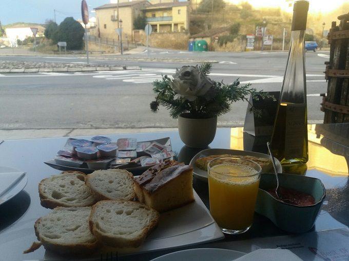 Café da manhã no Agroturismo Valdeana em Elciego