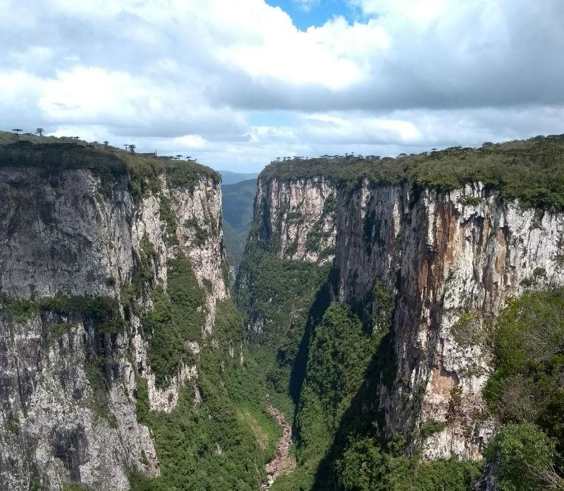 Itaimbezinho - Cânions em Cambará do Sul