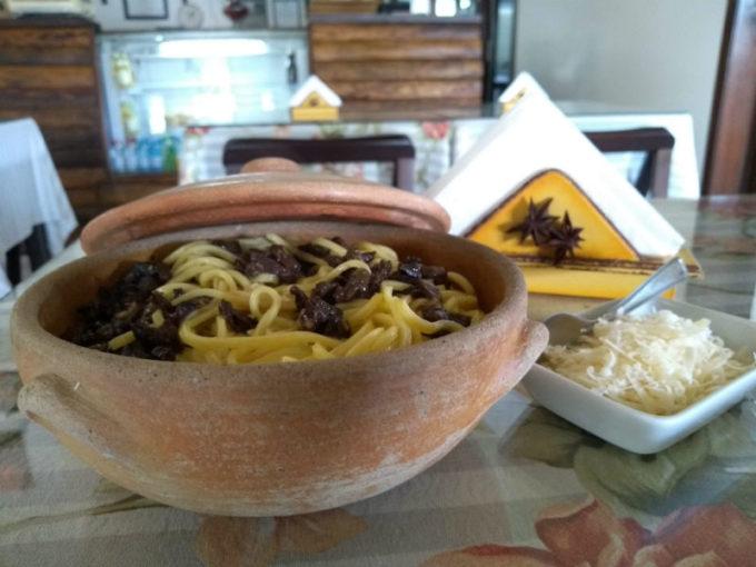 Restaurantes em São Francisco de Paula - RS: massa ao fungi do Marcella's Bistrô