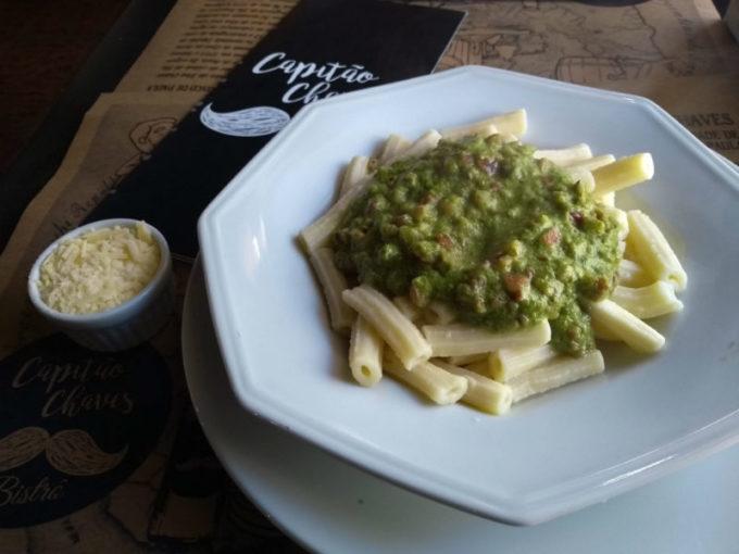 Restaurantes em São Francisco de Paula - RS: pesto de pinhão no Capitão Chaves