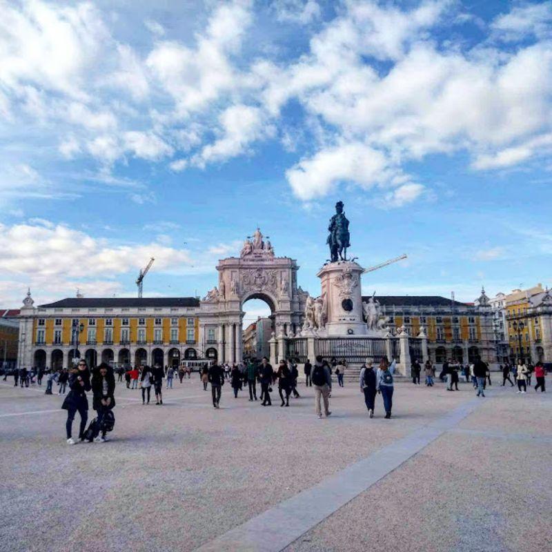 Bairros de Lisboa: Praça do Comércio, na Baixa