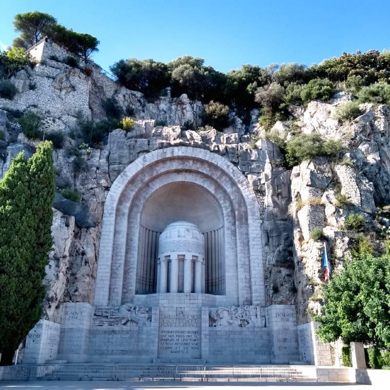 Monumento aos Mortos, em Nice França