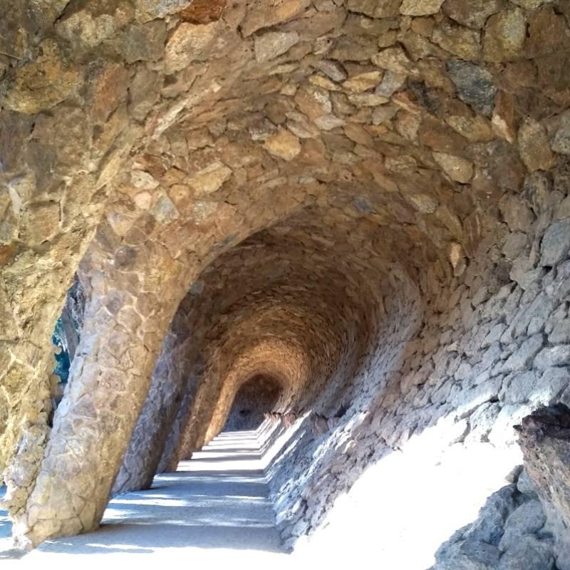 Arcos de pedra do Park Güell, Barcelona