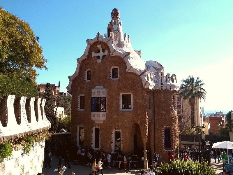 Casa do Guarda, no Parque Güell - Barcelona, Espanha
