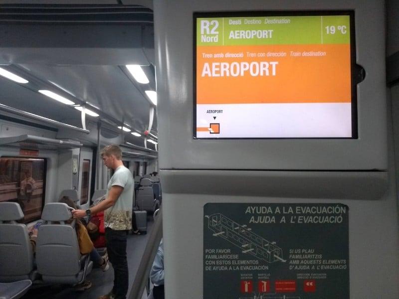 Como ir do aeroporto de Barcelona para o centro de trem